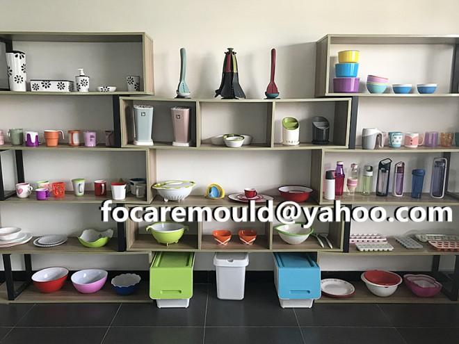 China 2K mold maker